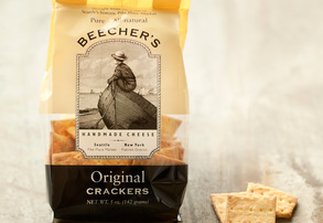 Display beecher s original crackers
